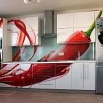 Фотопечать на МДФ-кухонных фасадах и стеклянном фартуке для кухни.