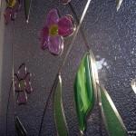 Элементы фьюзинга и жилка на стекле.