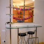 Барные стойки из стекла для ресторанов, кафе и закусочных.