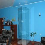 Шкаф-витрина из стекла. по индивидуальным размерам.
