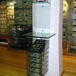 Оборудование из стекла для музеев.