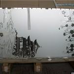 Зеркало с рисунком для дверей шкафа-купе.