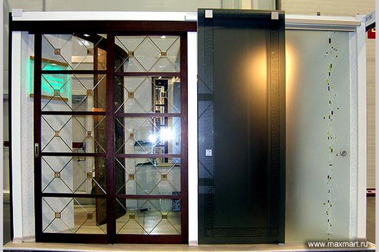 Двери межкомнатные в ассортименте.