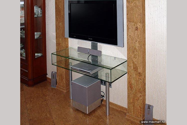 ТВ-стойка из стекла.