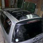Люк для авто из стекла.